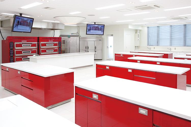 2F:製菓実習室